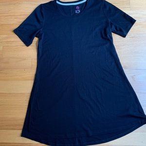 NWOT Black Isaac Mizrahi Live tee shirt dress